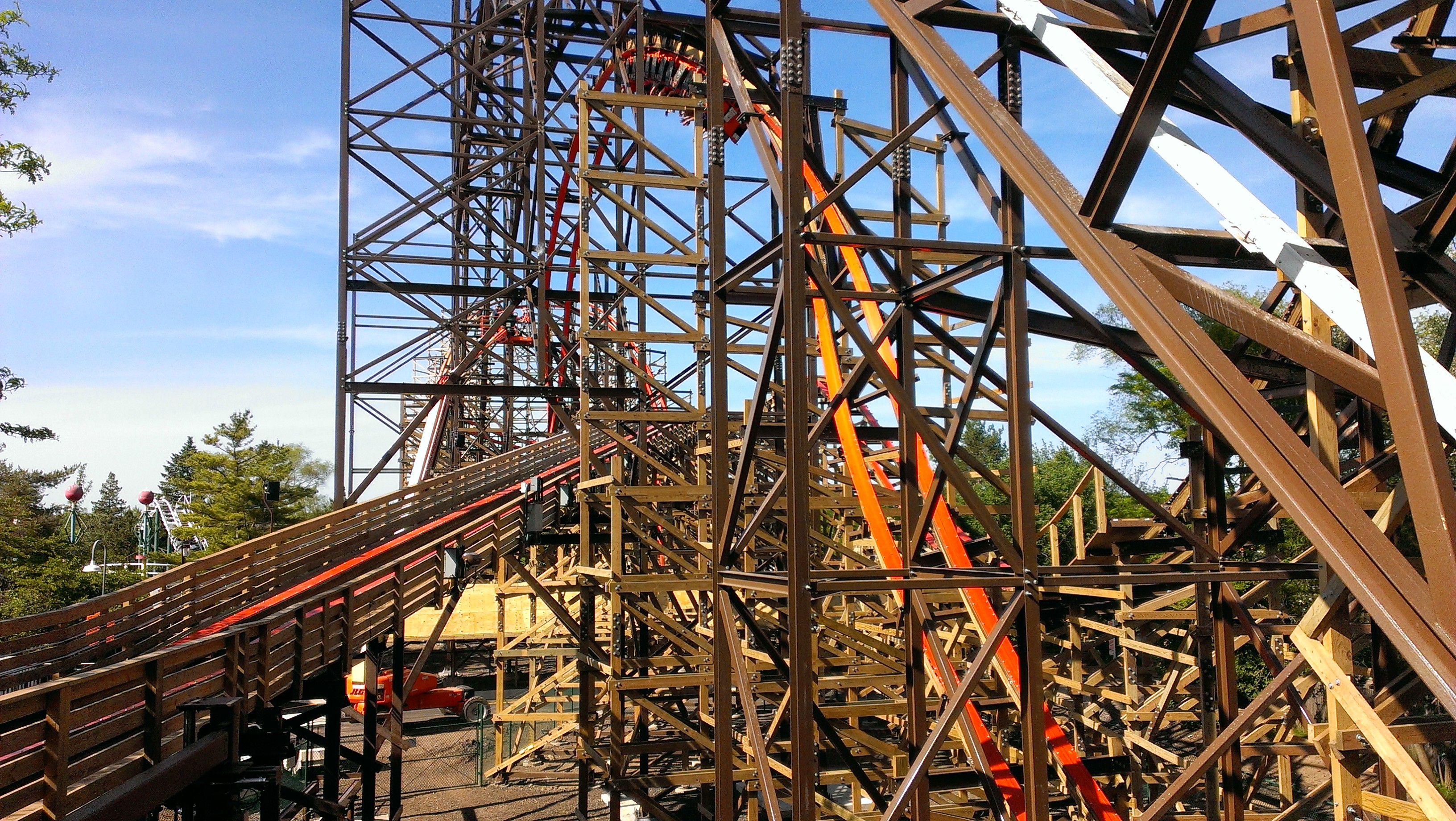 Goliath-Great-America-01