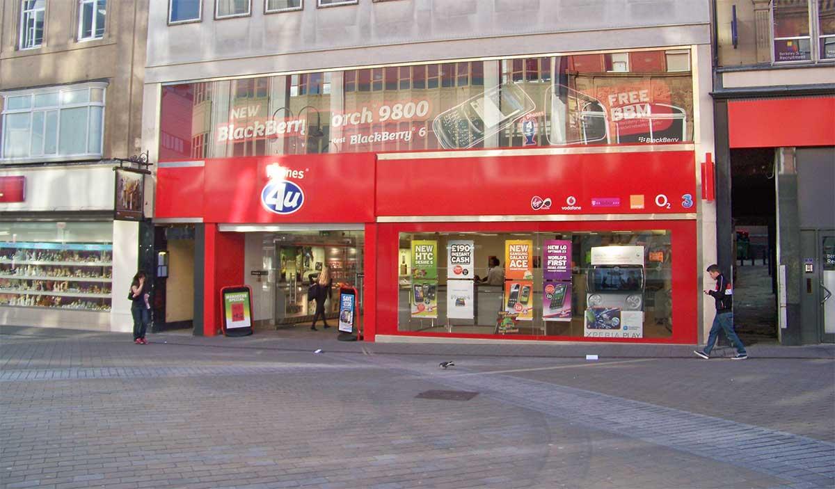 Phones-4U-Shuts-Down-EE-Vodafone