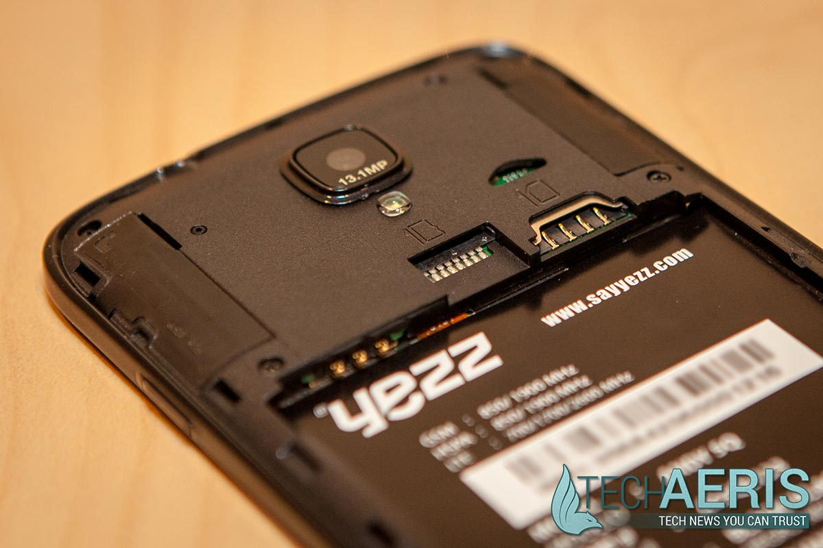 Yezz-Andy-C5QL-Review-SD-Card-SIM-Slot
