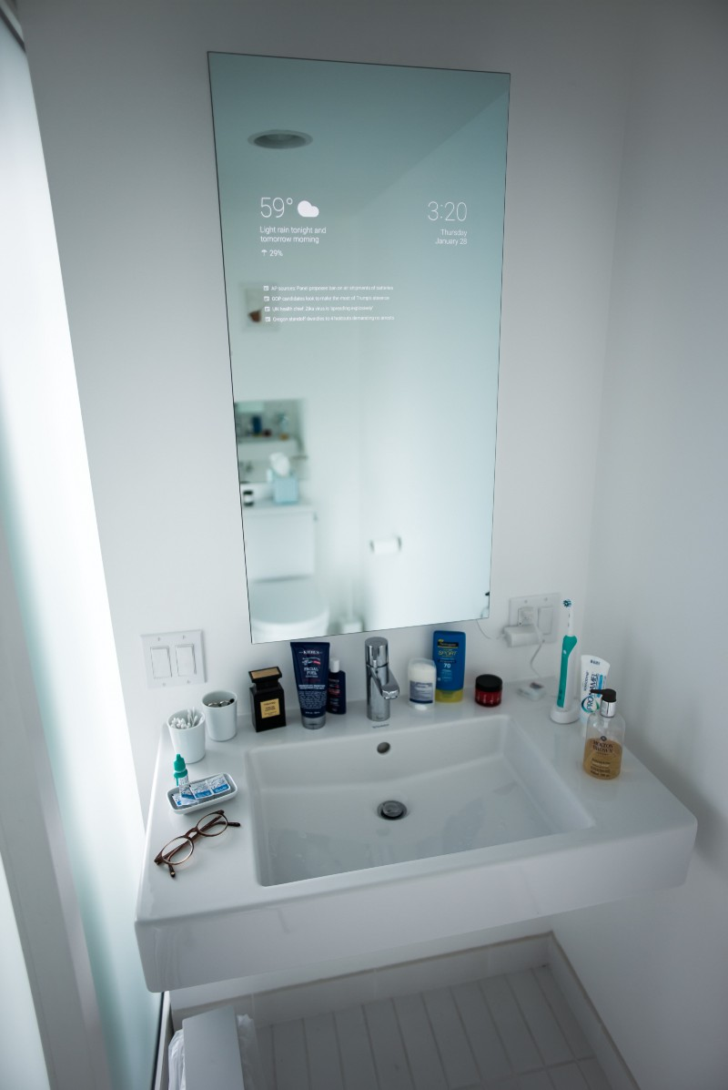 smart mirror bathroom