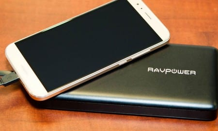 RAVPower-20100-mAh-External-Battery-review