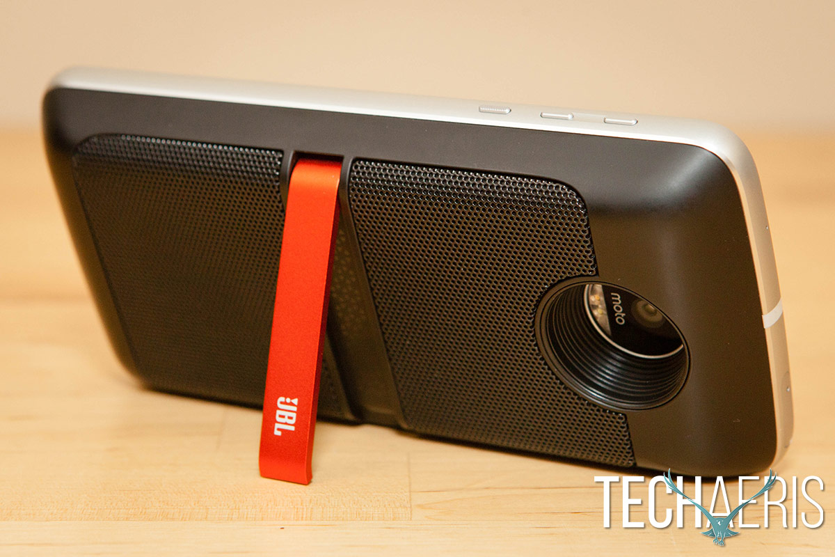 moto-z-play-jbl-soundboost-review-04