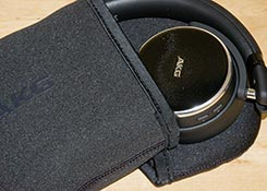 AKG-N60NC-Wireless-review-box