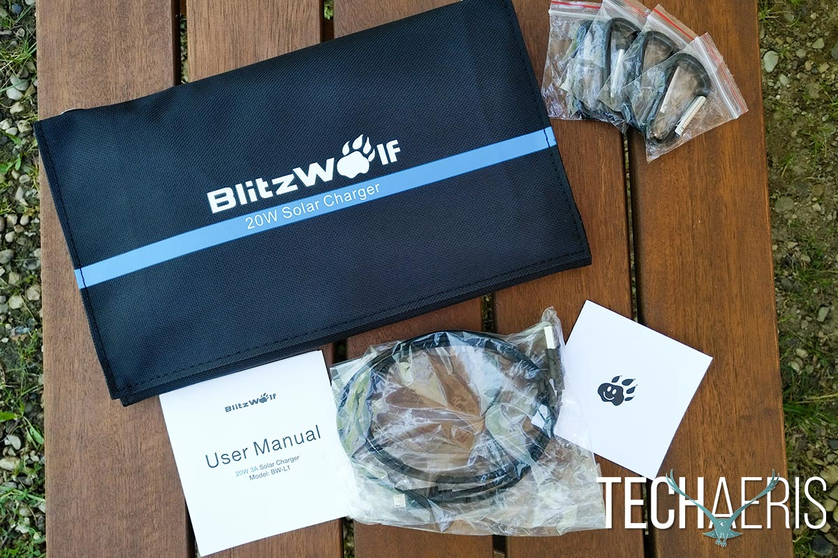 BlitzWolf-20W-Solar-Charger-review-01