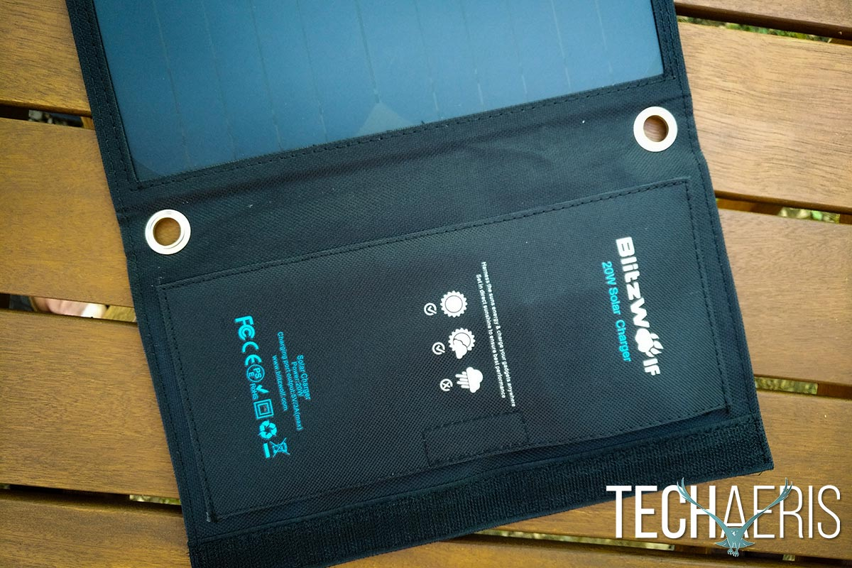 BlitzWolf-20W-Solar-Charger-review-02