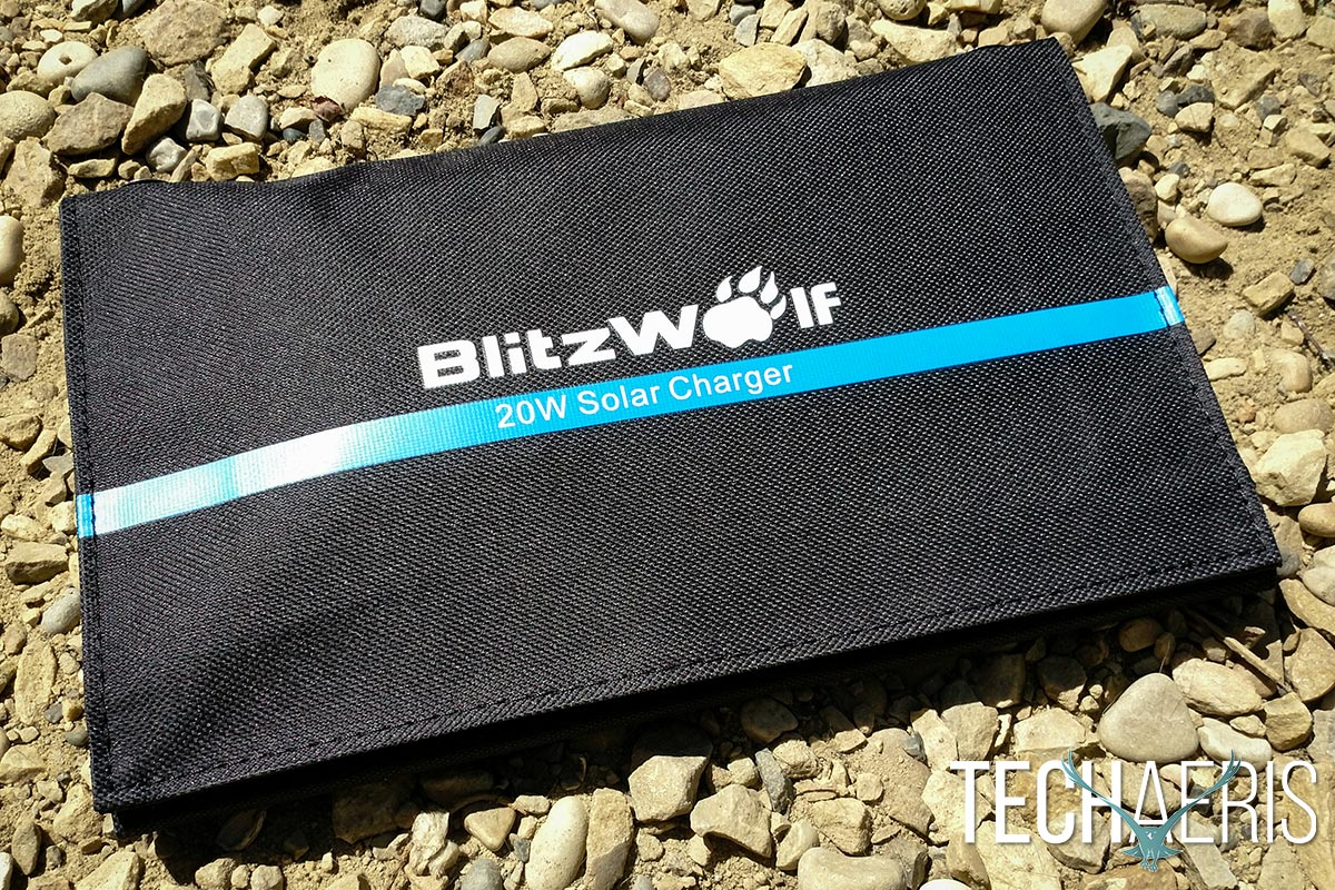 BlitzWolf-20W-Solar-Charger-review-08