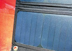 BlitzWolf-20W-Solar-Charger-review-box