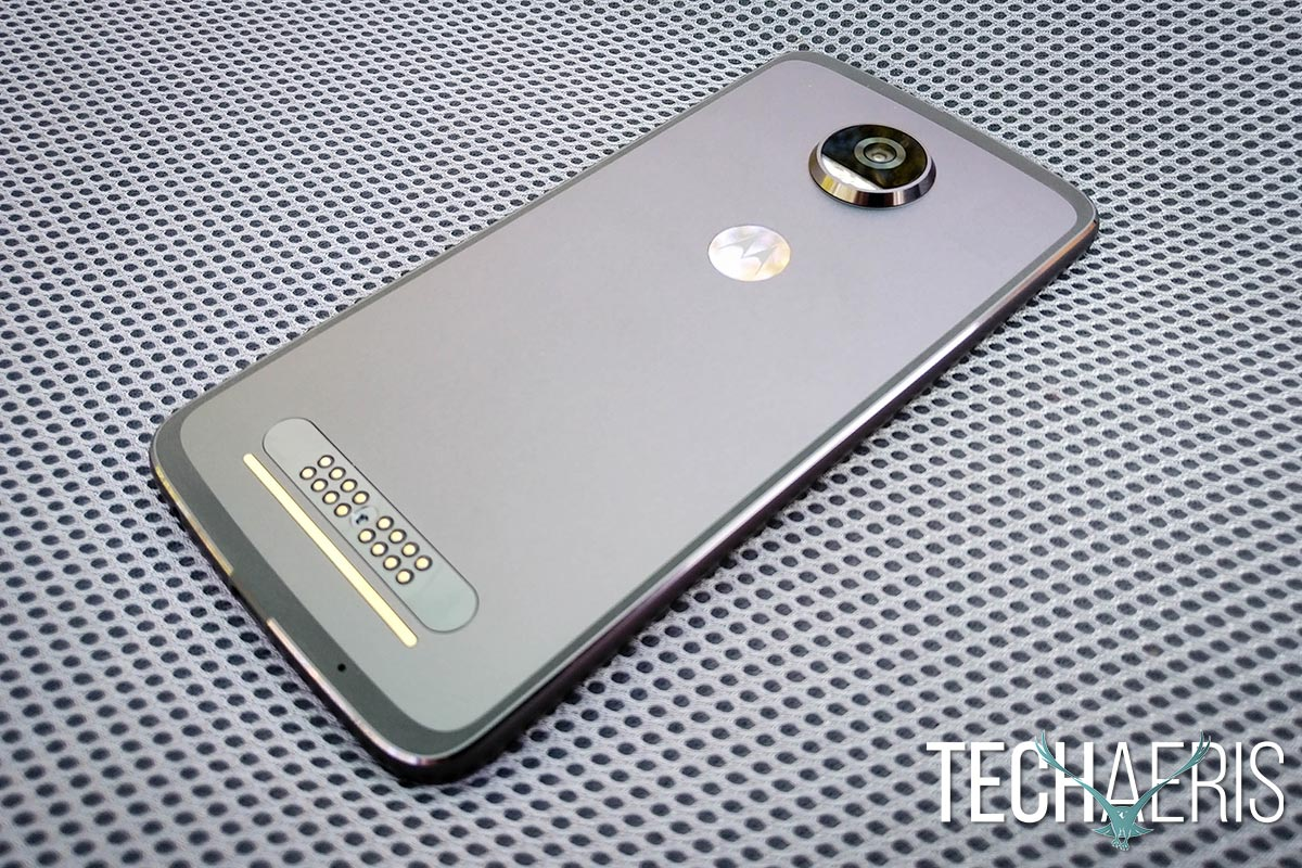 Moto-Z2-Play-review-04