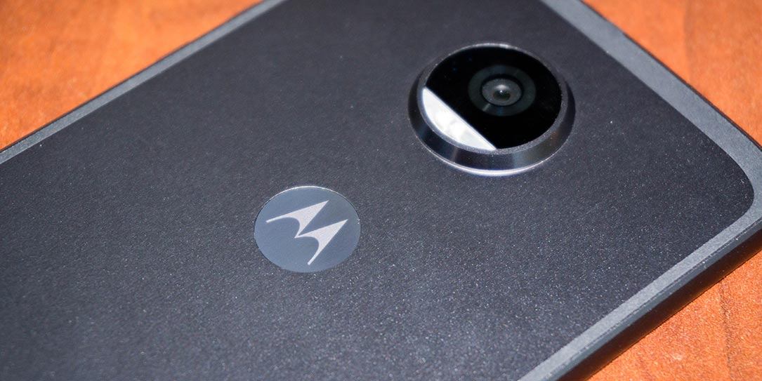 Moto-Z2-Play-review