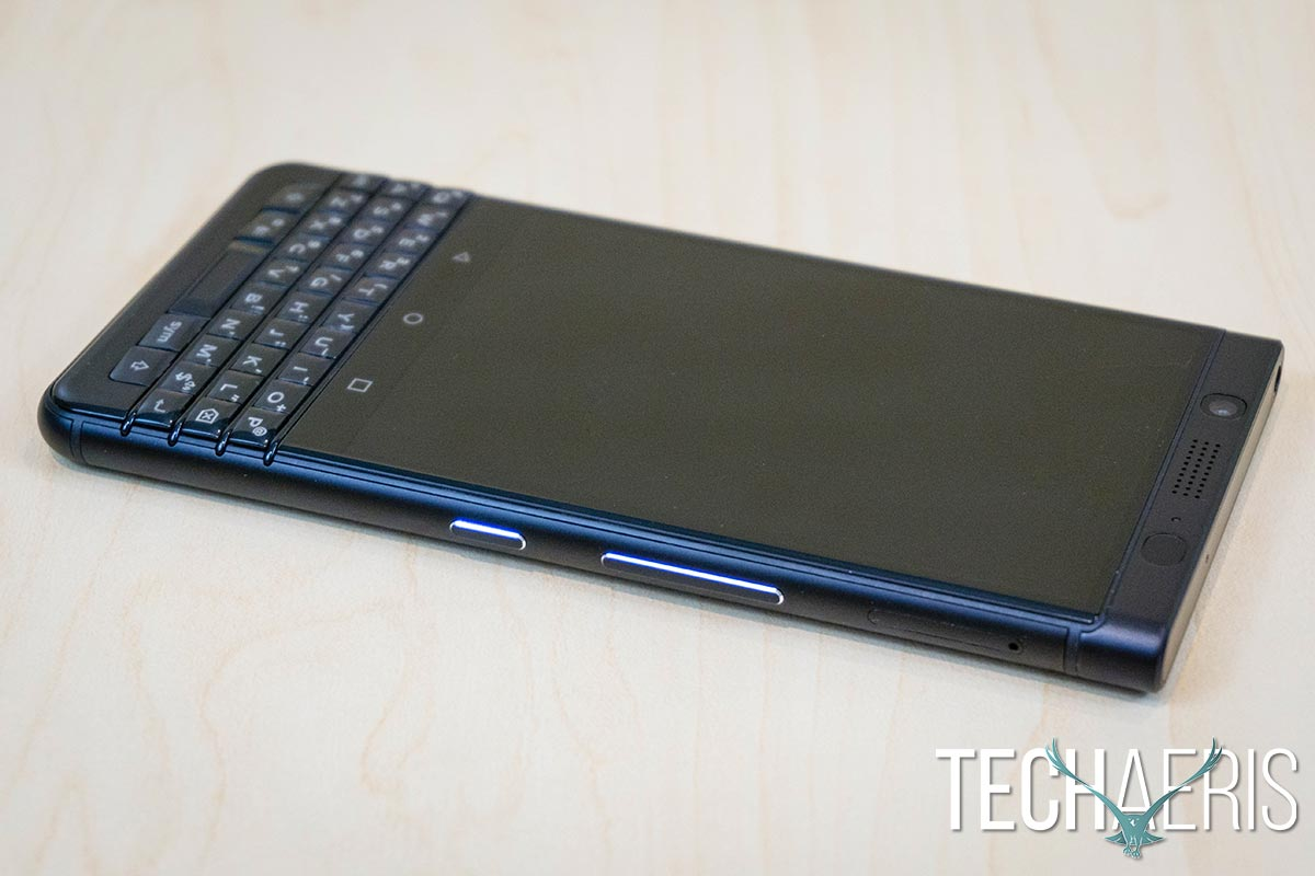 BlackBerry-KEYone-Black-Edition-review-03