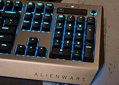 Alienware-Pro-Gaming-Keyboard-review-box