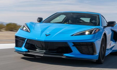 2020 Chevrolet C8 Corvette in blue
