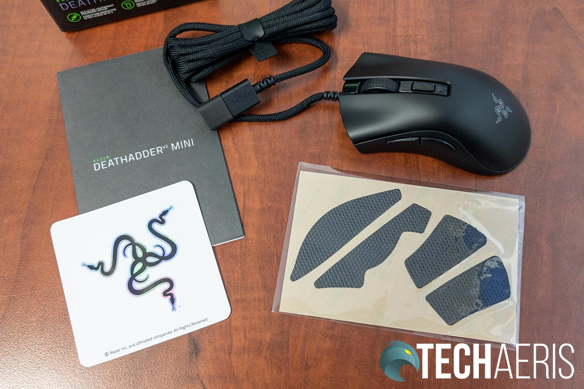 What's included with the Razer DeathAdder V2 Mini gaming mous