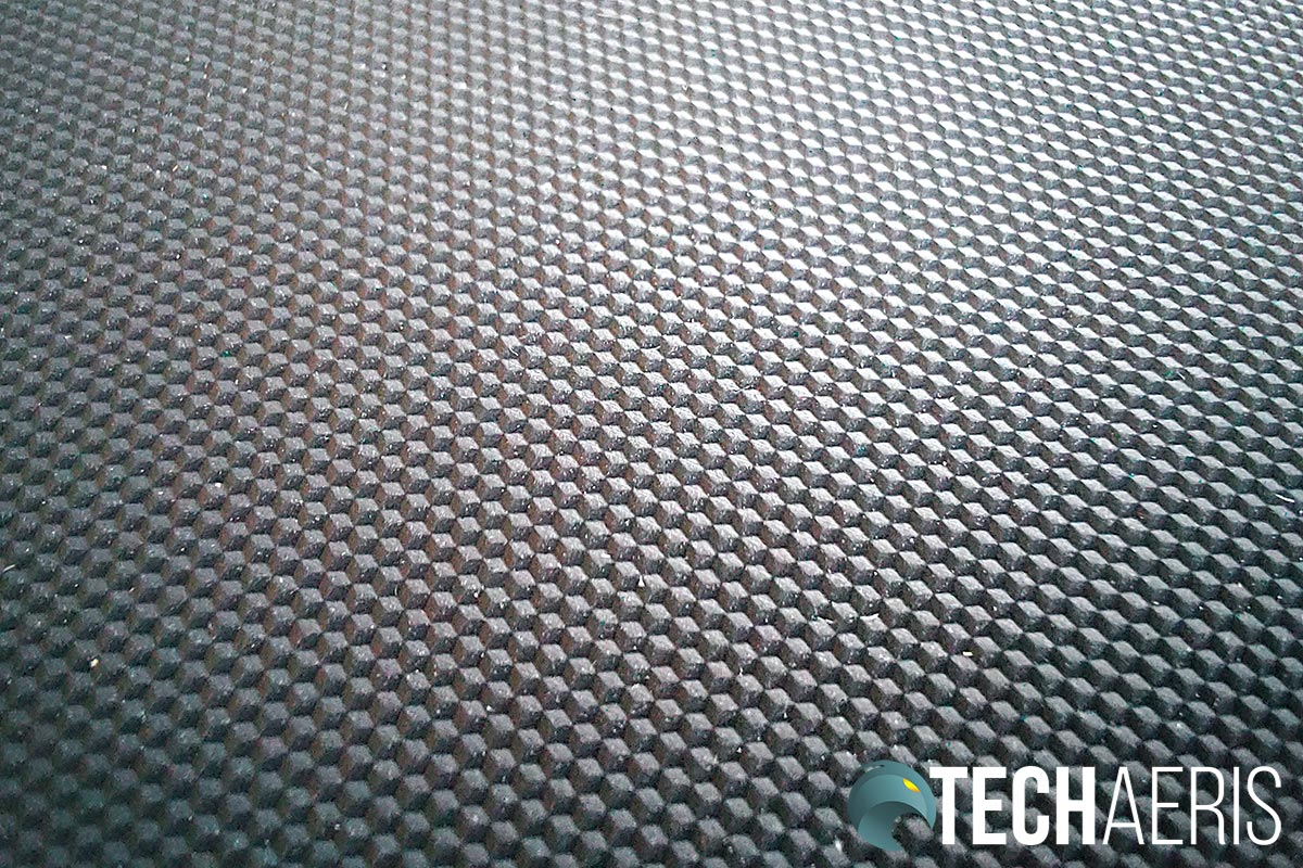 Detail of the underside of the Razer Acari mouse mat
