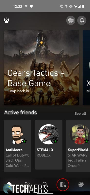 Xbox App screenshot showing library button highlighted