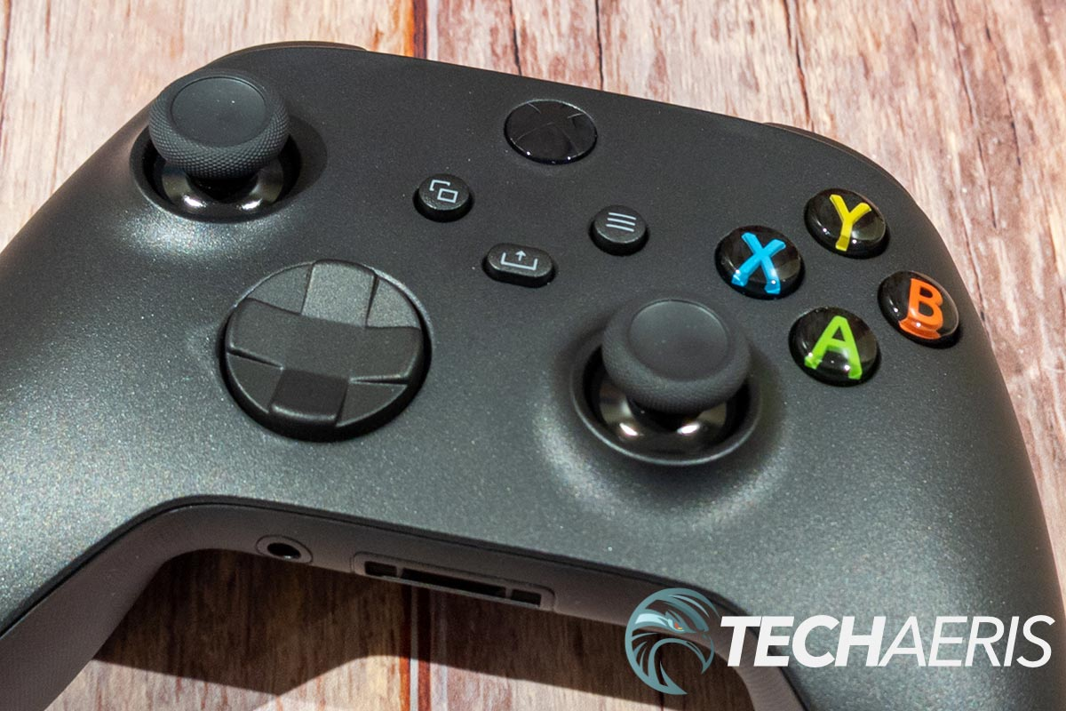 The face buttons and thumbsticks on the updated Xbox Wireless Controller