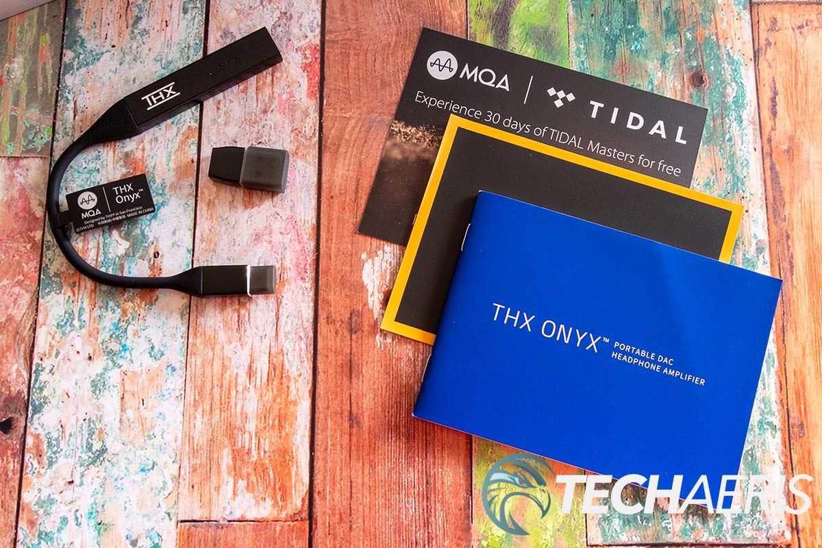 What's included with the THX Onyx Portable DAC Headphone Amplifier