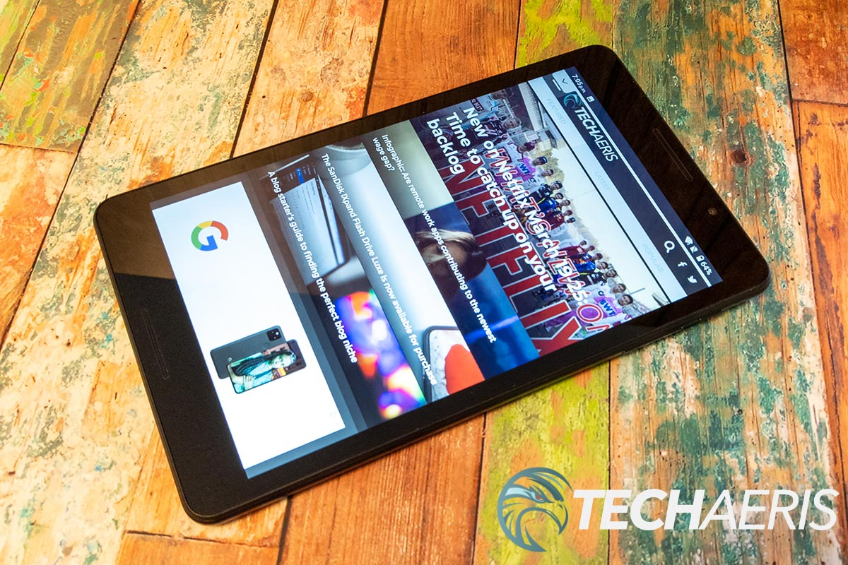 The rear facing camera, power button, and volume rocker on the ZTE Grand X View 4 Android tablet