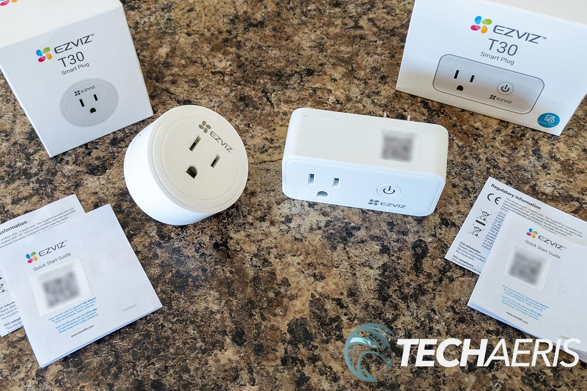 What's included with the EZVIZ T30-10A-US (left) and T30-10B-US smart plugs