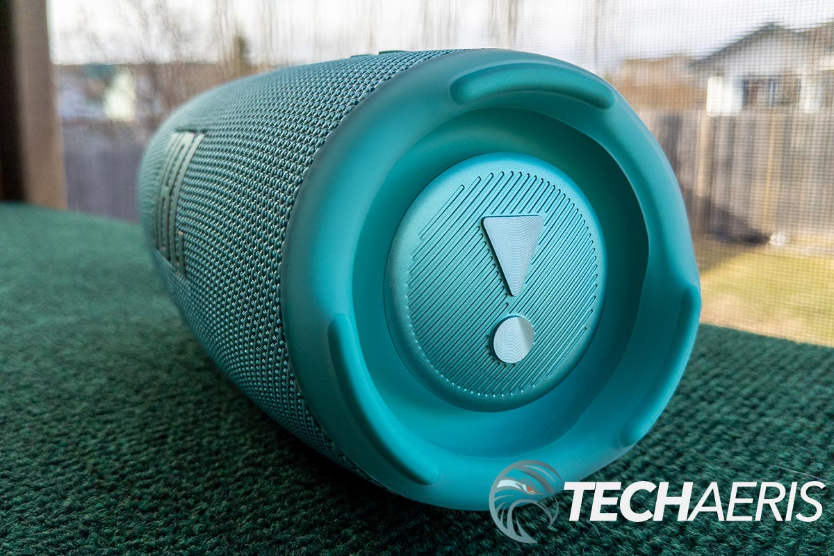 Side view of the JBL Charge 5 portable Bluetooth speaker