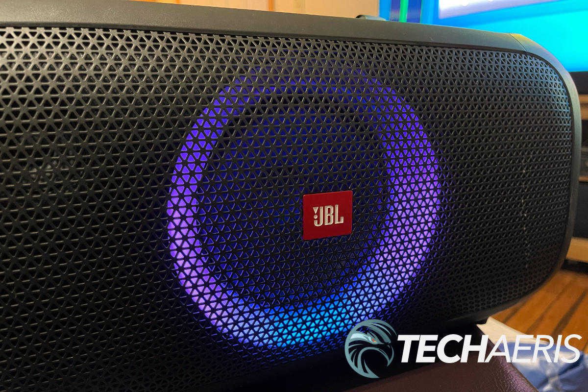 A fun and excellent outdoor portable party speaker