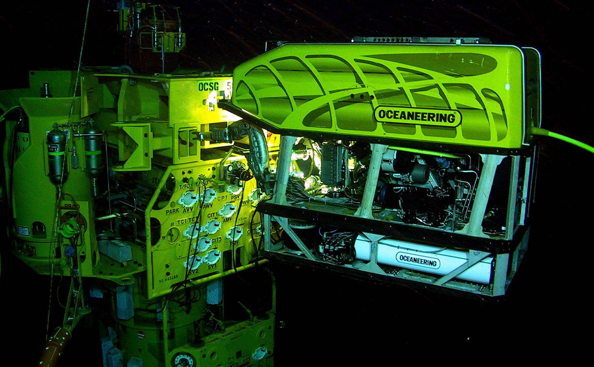 Submerged technology - ROV at work in an underwater oil and gas field