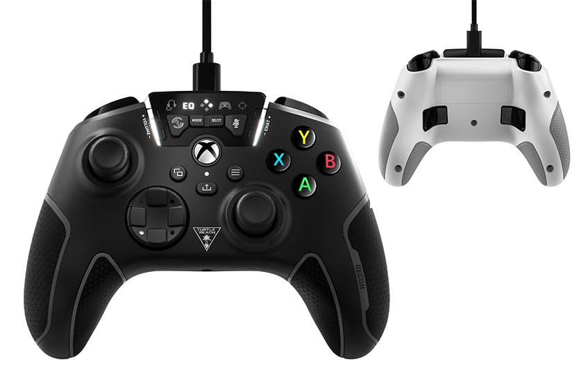 The Turtle Beach Xbox Recon game controller in black and white front and back view