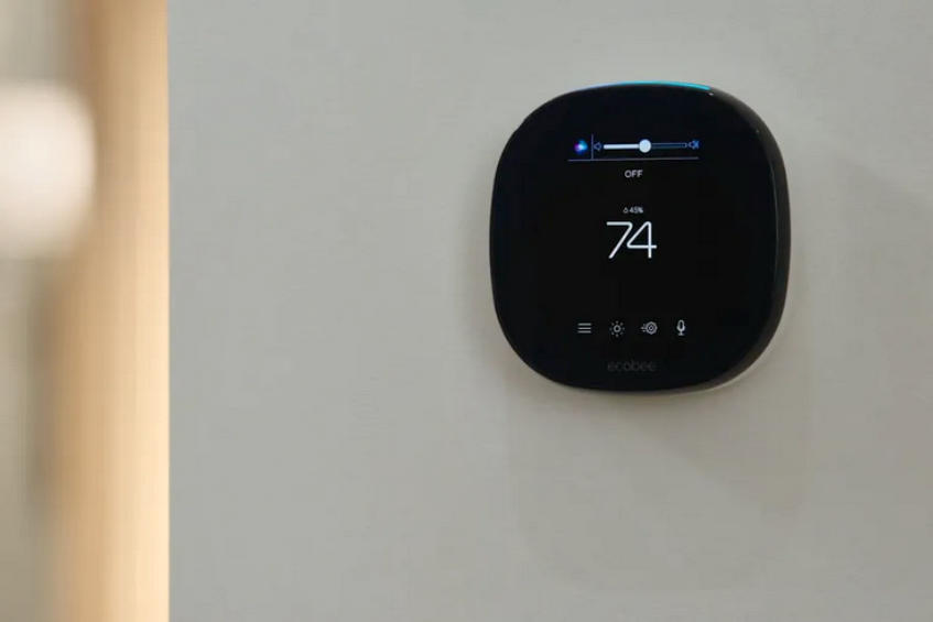 The ecobee SmartThermostat gains Apple Siri features