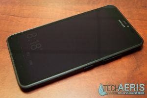 Microsoft-Lumia-640-XL-Review-Front-Glance-Screen