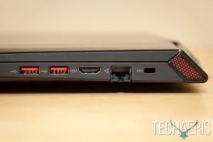 Lenovo-ideapad-Y700-17-Gaming-Laptop-Review-010