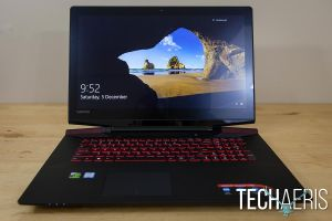 Lenovo-ideapad-Y700-17-Gaming-Laptop-Review-012