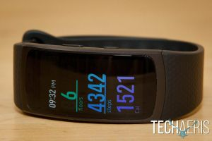 Samsung-Gear-Fit2-review-09
