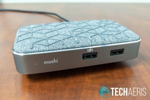 Front view of the Moshi Symbus Q