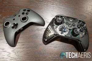 The faceplate on the SCUF Prestige Xbox One/PC game controller comes off for thumbstick replacement