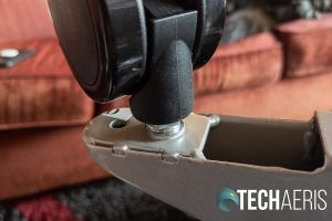 Attaching the castors to the Seville Classics Airlift XL sit-stand desk cart