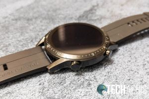 The side buttons on the Huawei Watch GT 2