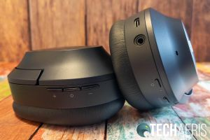 The Razer Opus Wireless ANC Headset has on-ear controls