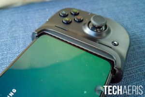 The Razer Kishi Universal Gaming Controller for Android with a Google Pixel 4 XL